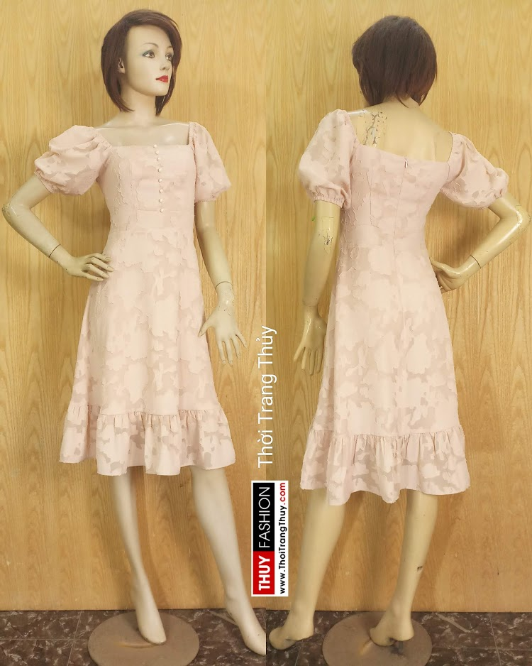 Váy xòe tay bồng cổ vuông vải ren V676 tại Hà Nội