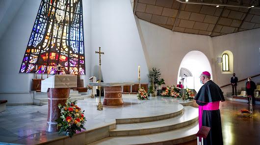 La parroquia Nuestra Señora del Carmen de Aguadulce brilla con su nuevo altar