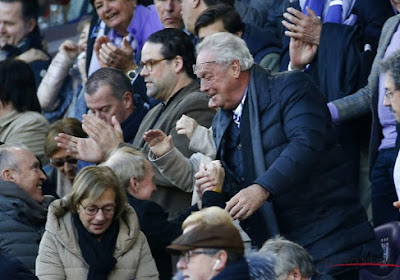 """Vanden Stock laat zich opnieuw zien in Anderlecht en reageert op het ontslag van Van Holsbeeck en Spreutels: """"Jullie weten wel wat ik ervan denk"""""""