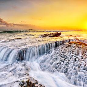 Crust by Hendri Suhandi - Landscapes Beaches ( sunset, beach, lima )