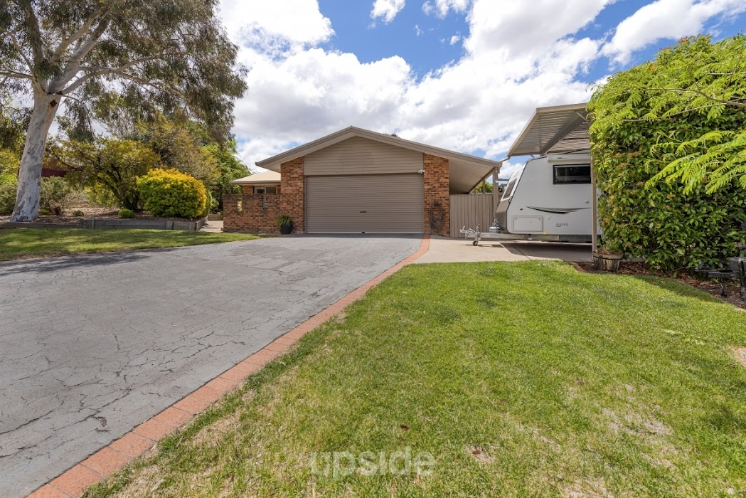 Main photo of property at 8 Max Henry Crescent, Macarthur 2904