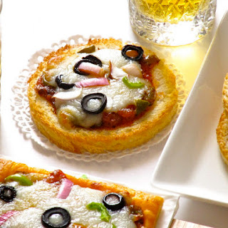 Mini Pizzas with Bread and Pastry Crusts