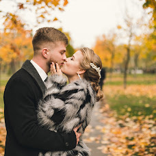 Wedding photographer Olya Repka (repka). Photo of 23.10.2017