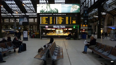 Photo: Paris: Gare Saint Lazare