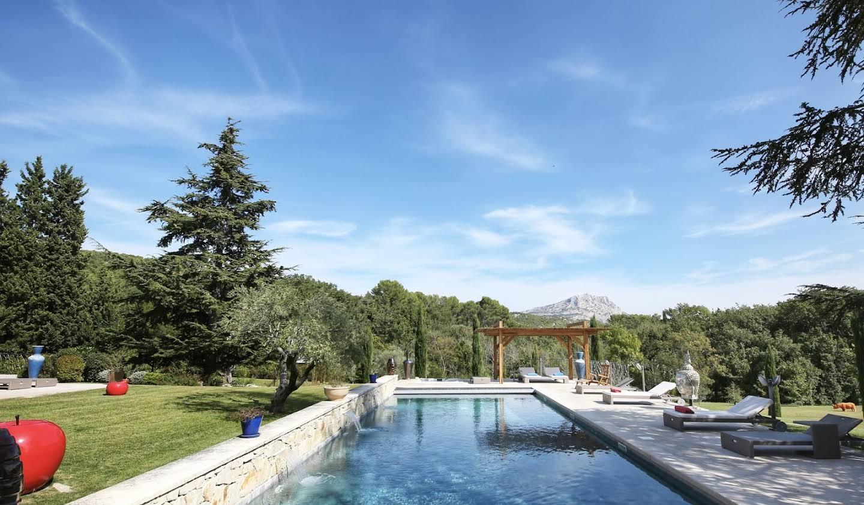 Propriété avec piscine Le Tholonet