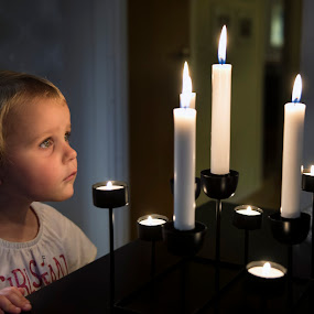 Cosy at the candles by Mats Andersson - Babies & Children Child Portraits ( julienne, live candles, candles, autumn, cosy )