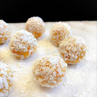 Lemon Creamcheese Bliss Balls