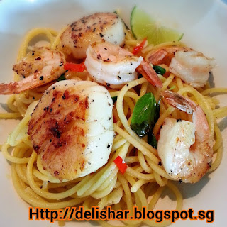 Thai Spices Infused Seafood Aglio Olio