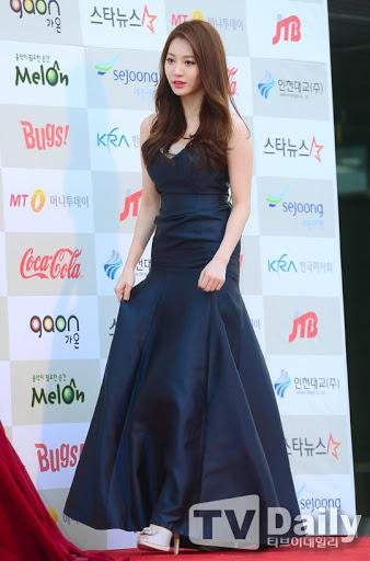 yura dress 12