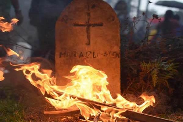 Mơ thấy mộ bị bốc cháy