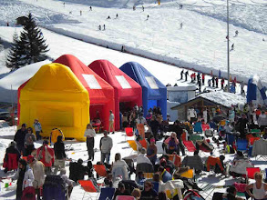 """Photo: Allestimento """"Che idea"""" Village sulla neve"""