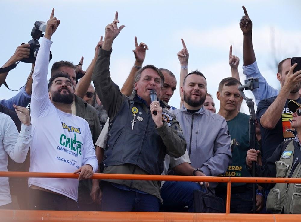 Brazil's Jair Bolsonaro says cops will support him 'whatever happens'