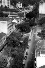 Photo: Vista aérea da Rua do Imperador, antes da inauguração do Obelisco. Foto da década de 40