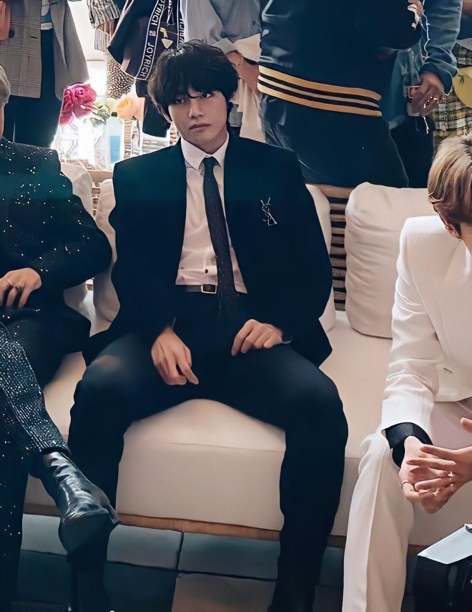 bts v suit