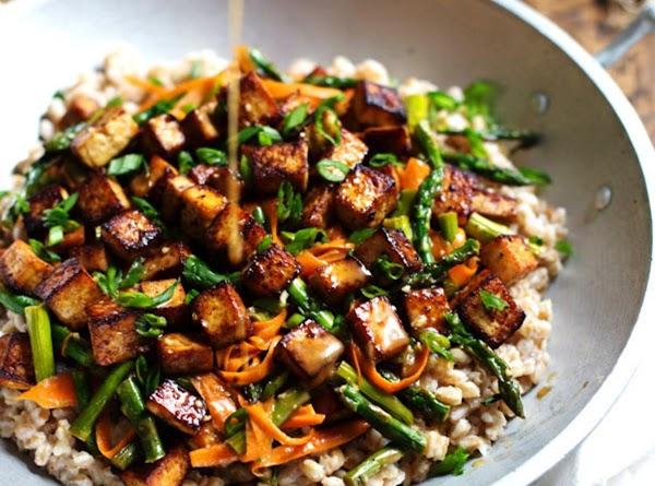 Honey Ginger Tofu And Veggie Stir Fry Recipe