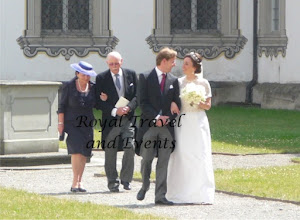 Photo: The bridal Couple walks through the Inner Court
