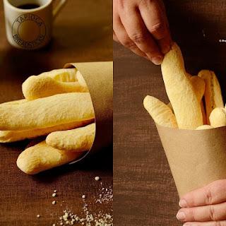 Tapioca Breadsticks (Biscoito de Polvilho).