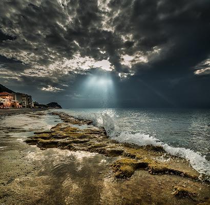 Raggi di sole e bassa marea. di renatoxxx