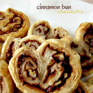 Cinnamon Bun Crackers