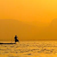 Sul lago dorato di