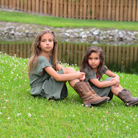 sisters by Mark Warick - Babies & Children Child Portraits ( girls, sisters )