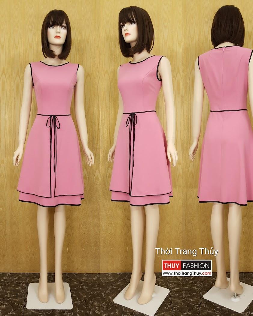 Váy xòe hai tà màu hồng thạch anh tại Thời Trang Thủy