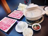湯王胡椒豬肚雞