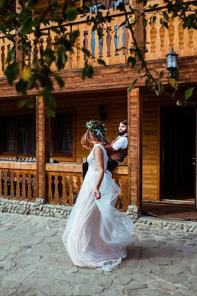 Wedding photographer Violetta Nagachevskaya (violetka). Photo of 17.07.2017