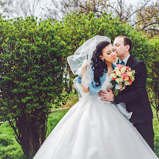 Wedding photographer Vyacheslav Barakhtenko (Fotobars). Photo of 22.05.2015