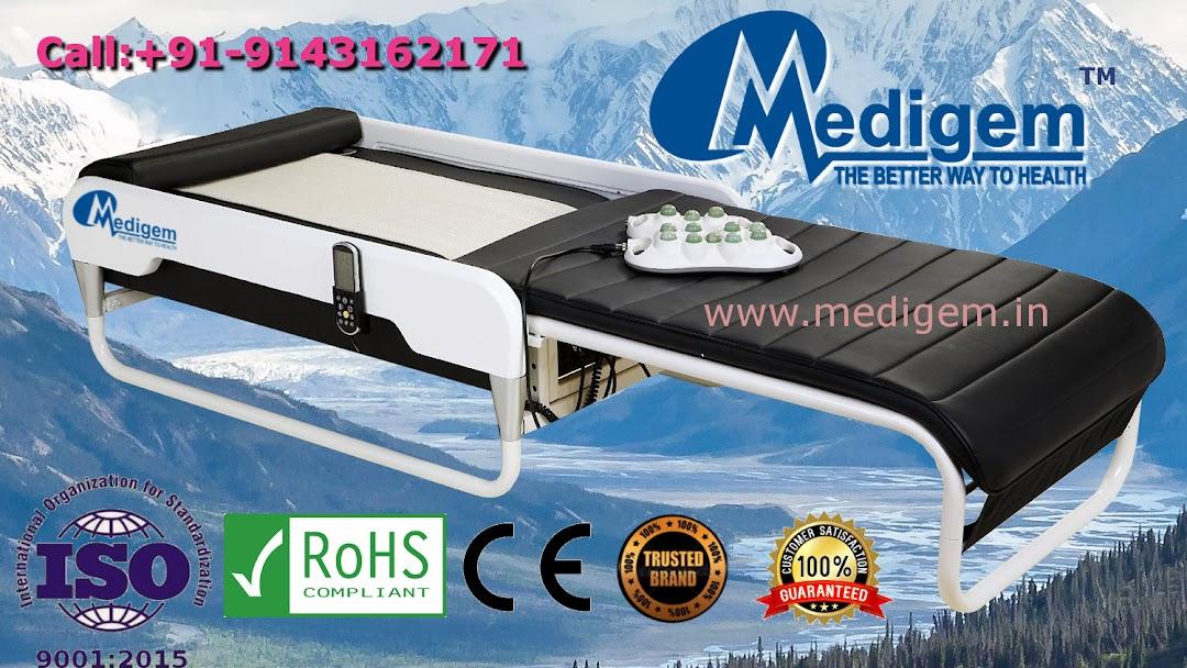 MEDIGEM Master V3 Supplier - Weight-Loss Service in Kolkata  Ceragem