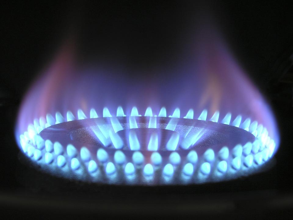 flame-580342_960_720.jpg