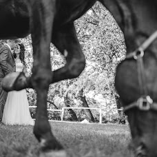 Wedding photographer Márton Martino Karsai (martino). Photo of 03.09.2016