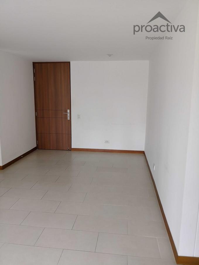 apartamento en arriendo loma de las brujas 497-3296