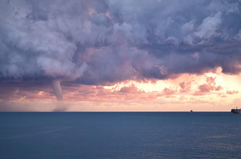 Il cielo ribelle di Elisabetta Castellano