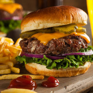 All-american Cheeseburger.