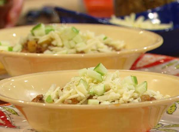 Chipotle Turkey Chili With Apples And Cheddar Recipe