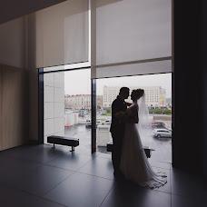 Wedding photographer Elizaveta Drobyshevskaya (DvaLisa). Photo of 24.10.2016