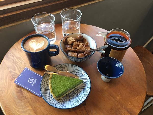 樂居咖啡 在馬路旁的意境咖啡廳