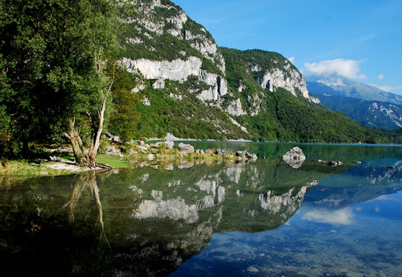 Un piccolo paradiso:Molveno di Loredana Pagana