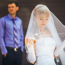 Wedding photographer Vladimir Krasnopoyasovskiy (LunyDunce). Photo of 12.09.2013