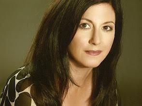 Photo: Die Regisseuse Jasmin SOLFAGHARI
