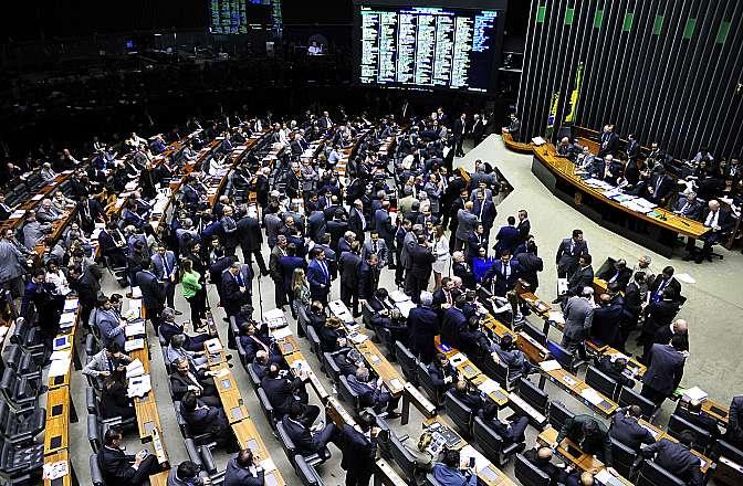 Parlamento Avança Reforma Tributária