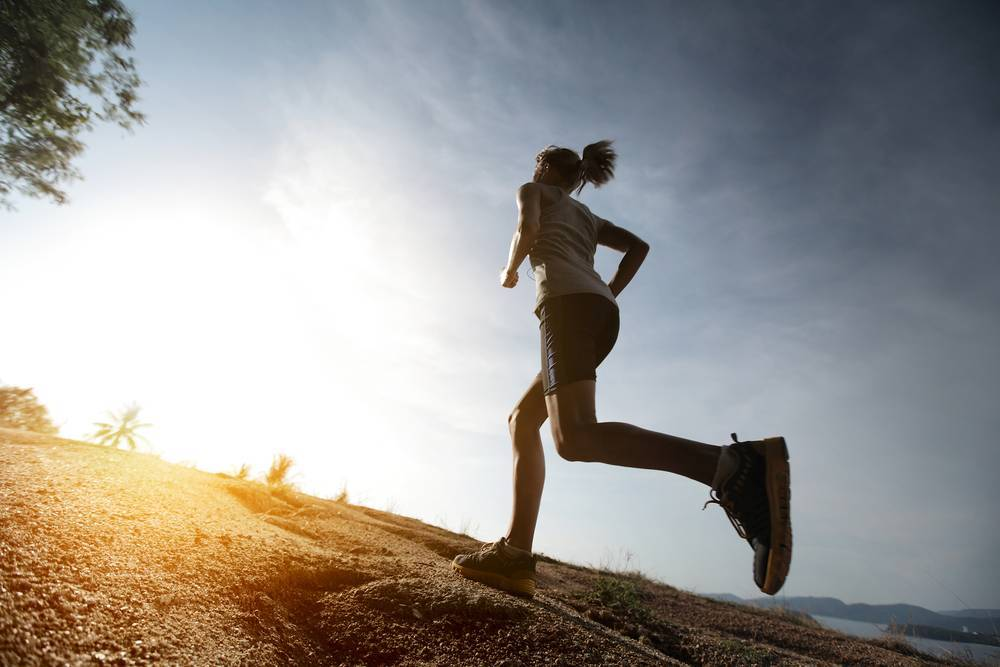 hill running- how-to-run-faster_image