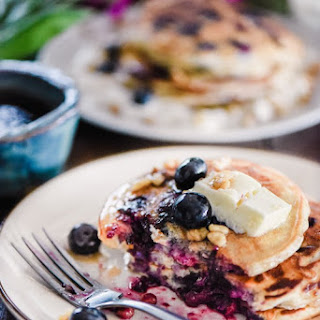 The Fluffiest Blueberry Pancakes