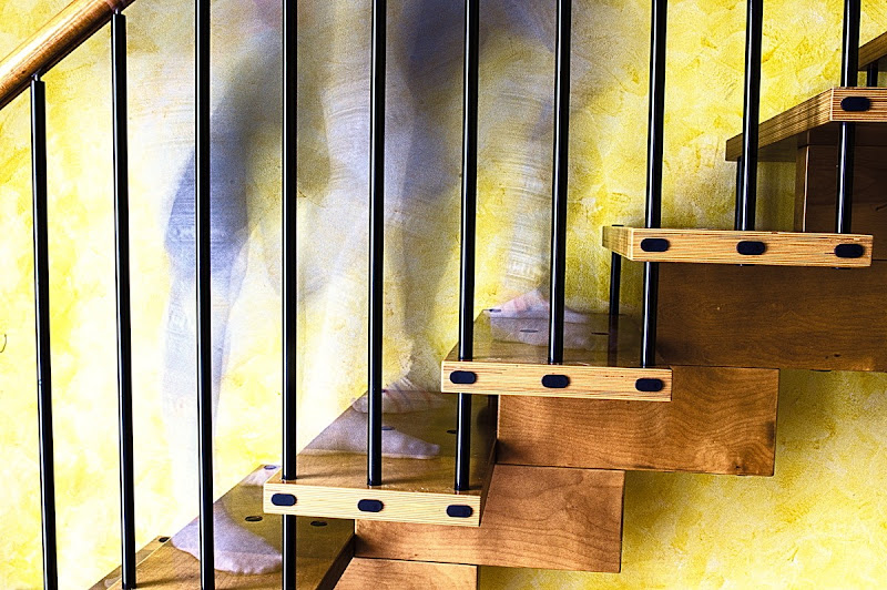 Su e giù per le scale di DMax
