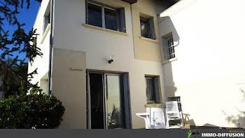 Maison 8 pièces 175 m2