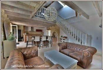 Maison 6 pièces 213 m2