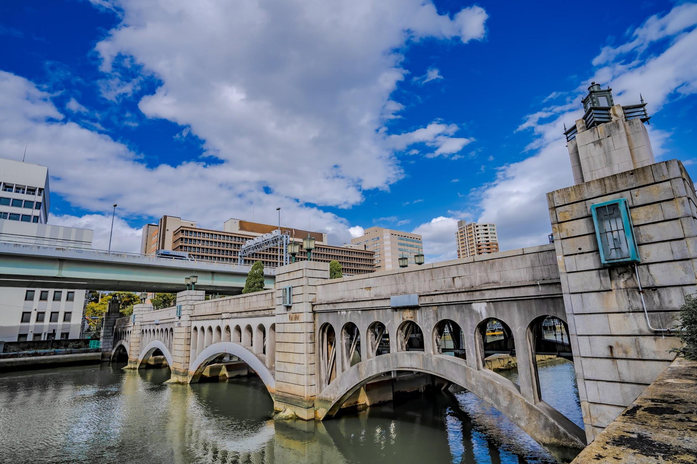 大阪 中之島 水晶橋