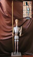 Photo: Una de las tallas más antiguas. En principio, como puede apreciarse en la imagen superior, la usábamos como lámpara. Altura: 141 cm. (sin contar la lanza). || Talla en madera. Woodcarving.   Puedes conocer más de este artista en el blog: http://tallaenmadera-woodcarving-esculturas.blogspot.com/