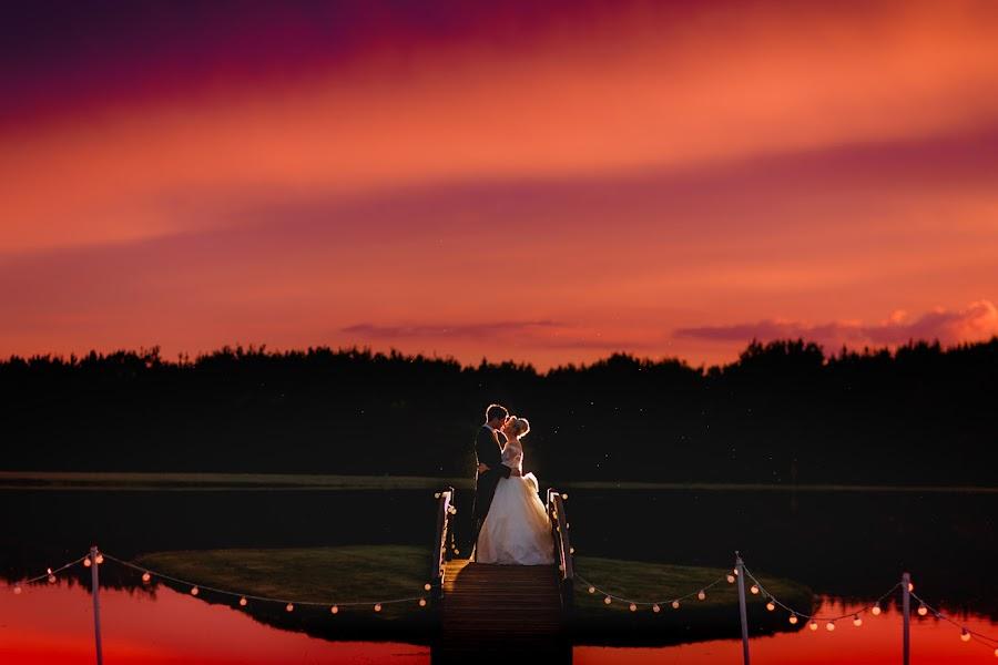 Wedding photographer Adam Johnson (arjphotography). Photo of 01.09.2015